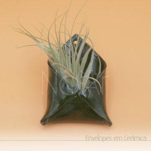 Envelope em Cerâmica - Verde Musgo